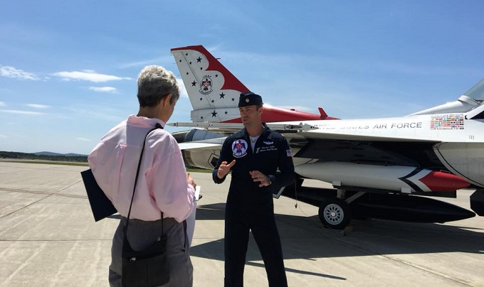 Thunderbirds advance pilot lands at Westover
